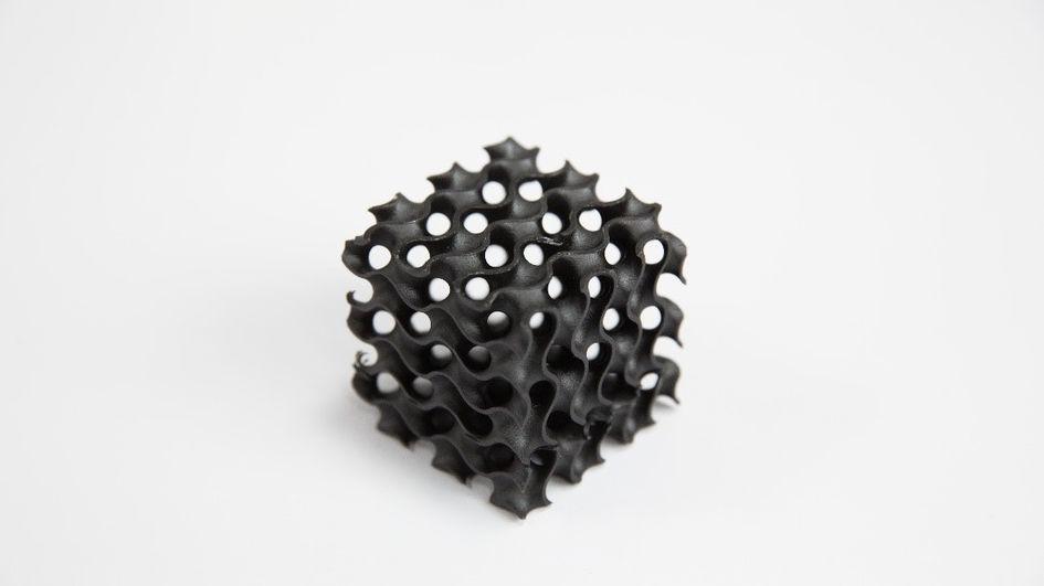 INFINAM® TI 3100 L 是赢创光敏树脂产品线中的首款高性能材料,是一种极为强韧的光固化树脂。