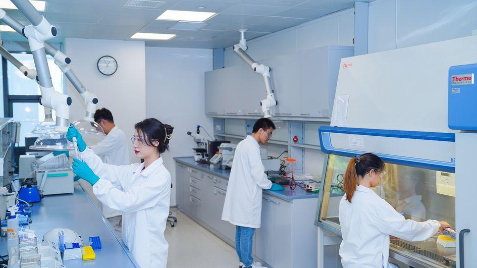 到2027年,赢创上海创新园的研发人员总数预计翻番。